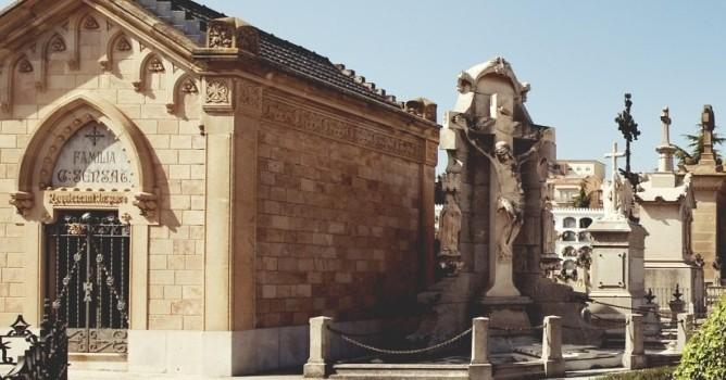 El Cementerio de El Masnou, un museo al aire libre