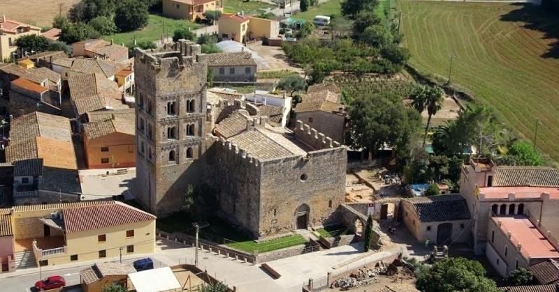 Dramatized visits in Sant Miquel de Fluvià