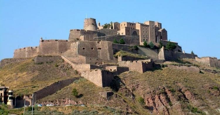Cataluña, tierra de castillos