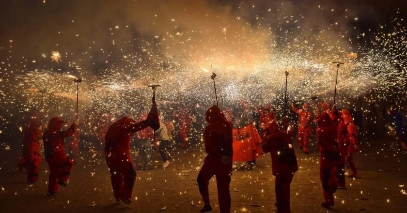 Fiestas mayores en los municipios de Cataluña
