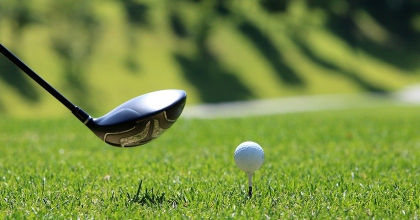 Nous pratiquons le golf en Catalogne