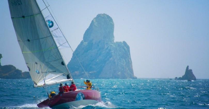 Viu les activitats nàutiques a la costa catalana