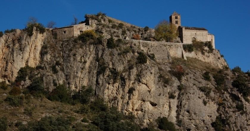Castell-llebre i Roc de Rumbau a Peramola