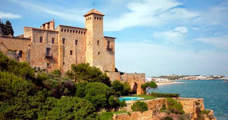 De ruta pels castells medievals del riu Gaià