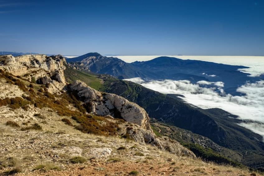 Cumbre de Sant Alís en la Sierra del Montsec
