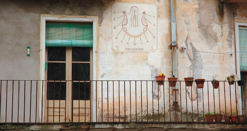 Relojes de sol de Porrera, entre vinos del Priorat