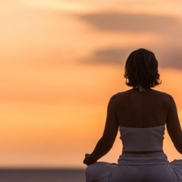 Conscious wellness activities in Roses
