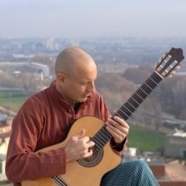 "Concert ""Improvisant pel món"" de Josep-Manel Vega"
