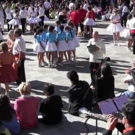 Concours de groupes de sardanistes à Ripoll