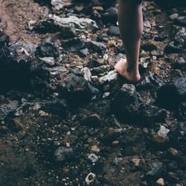Enlevez vos chaussures dans les Pyrénées à MónNatura Pirineus