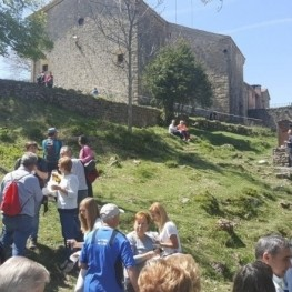 Diada de Sant Marc, Truitada al Santuari de Falgars
