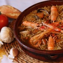 Les nouilles à la cocotte à Tossa de Mar