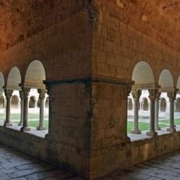 La marató romànica del Claustre del Monestir de Sant Cugat