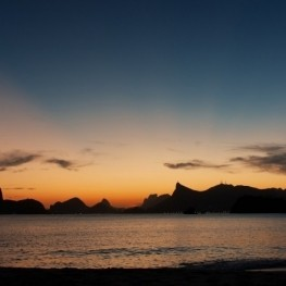 """""""Nuits au bord de la mer"""" à Cunit"""