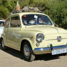 Je trouve des voitures 600 et vieux moteur à Santa Susanna