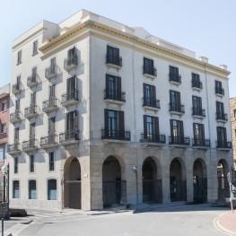 Port Plaza Apartaments